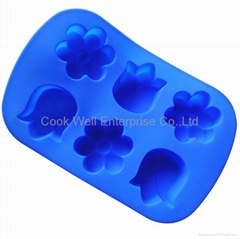 Silicone cake mould flower shape