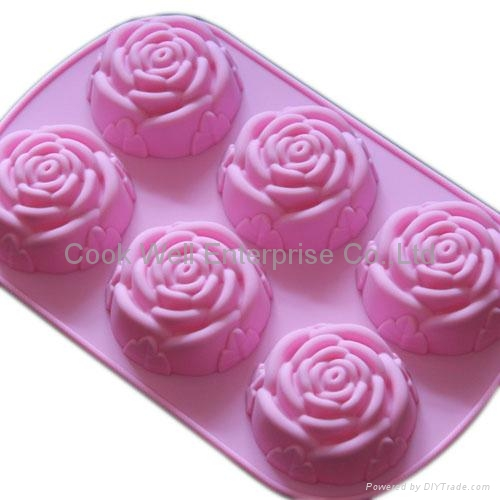 Silicone cake mould with rose shape  1