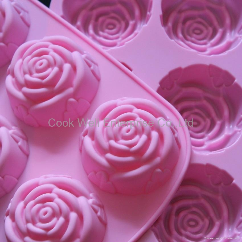 Silicone cake mould with rose shape  2
