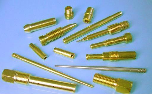 钛合金精密零件去毛刺磁力研磨机 3
