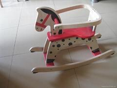 儿童木質搖馬