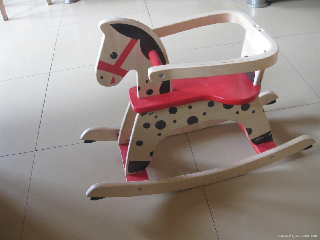 children  rocking horse 1