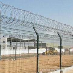 双边丝护栏网隔离栅