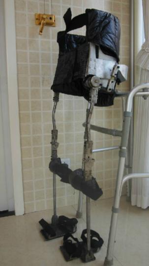 截癱行走器支具,高位截癱康復鍛鍊輔助器材,截癱步行器 2