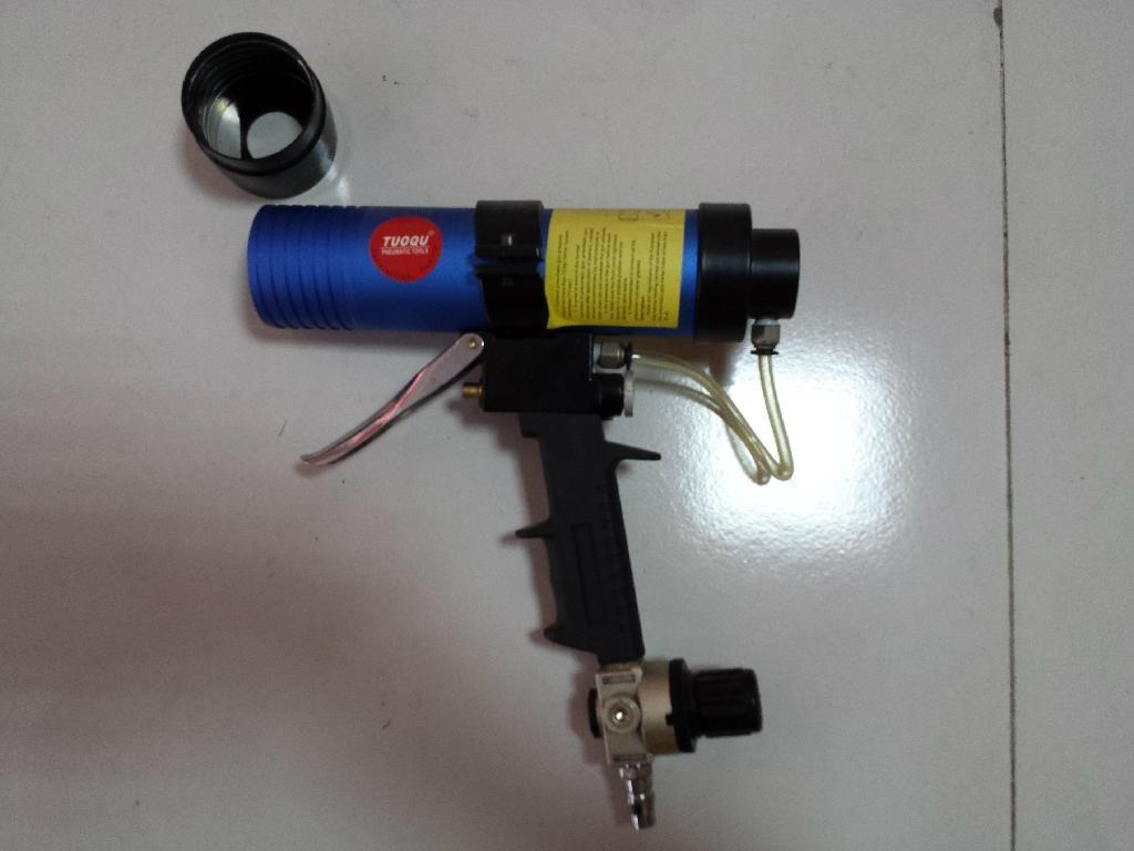 气动玻璃胶枪 1