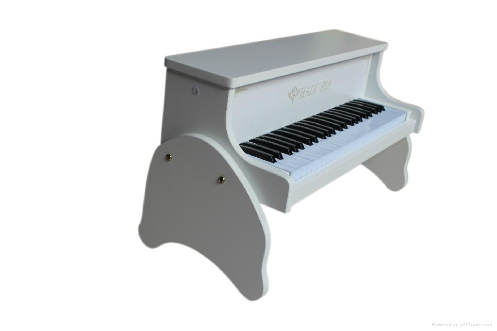 Toy Piano, 3