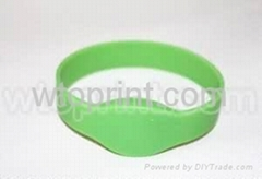 rfid silicone wristband silicone armbands silicone bracelets printing in china