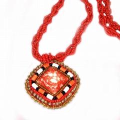 Jewel porcelain necklace