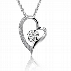 heart silver pendant set with 8 heart 8