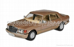 Benz diecast model 1 18 die cast model sedan car collectible