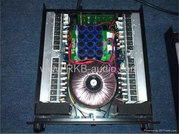 Professional power amplifier AX series 2