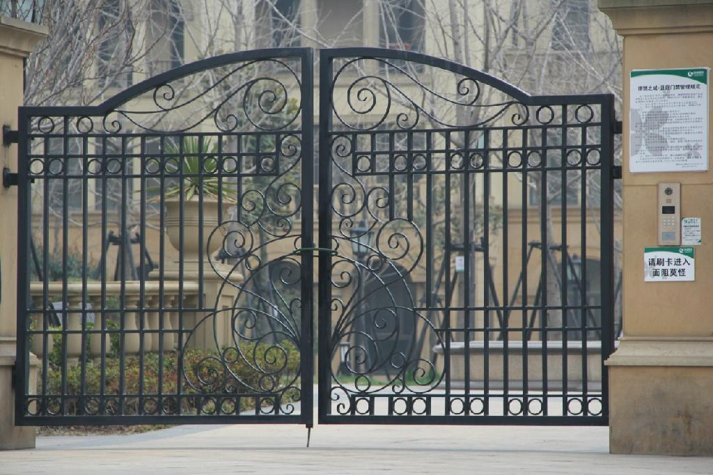 New Latest House Iron Factory Main Gate Designs FG G01