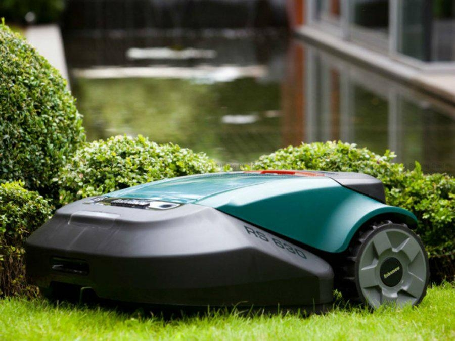 Robomow RS630 Robot Lawn Mower High Performance Equipped Lawnmower 1