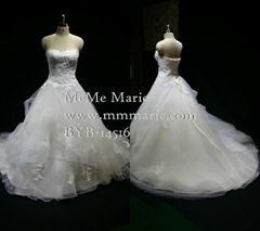 A Line Wedding Dress Sweetheart Applique Lace Brial Gown