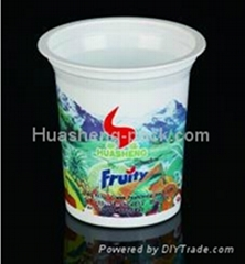 Disposable plasic yogurt cup