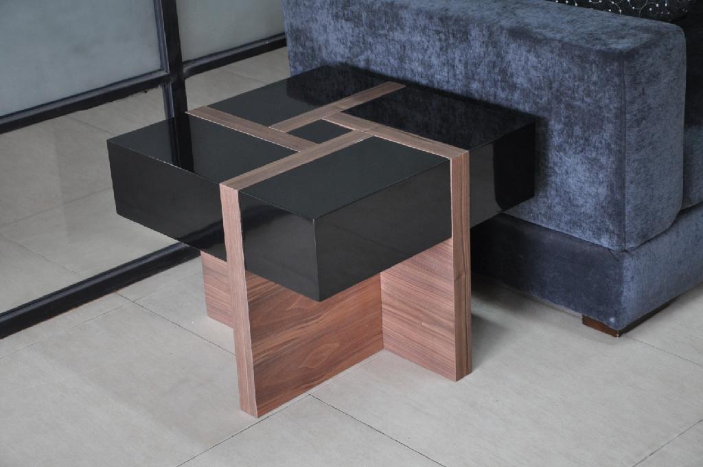 White high gloss MDF coffee table 4