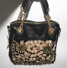 时尚带钻手提包