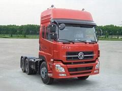 6*4 heavy duty howo tractor truck
