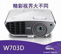 明基W703D