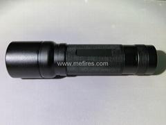 XP-G2 R5伸縮調焦超強光手電筒