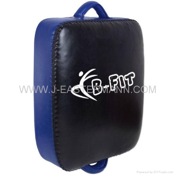 Top Quality Leather MMA Thai Pad or Kick Shield 1