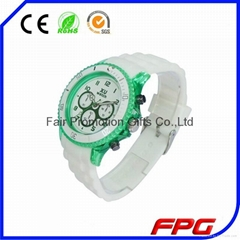 Latest Design Transparent Case silicon rubber watch