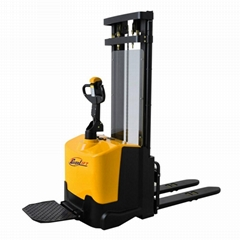 Forkover Electric Stacker