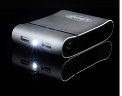 大容量10400MAH铝合金外壳移动电源手机充电宝