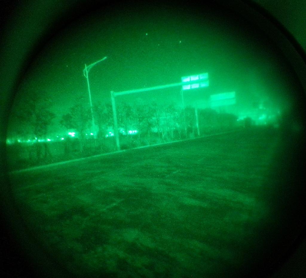 夜视望远镜,头盔微光观察镜 5