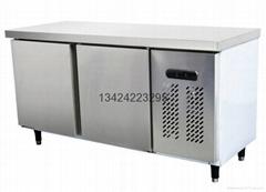 1.5米平面不锈钢工作台冷柜