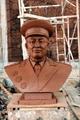 广东名人肖像砂岩雕塑 5
