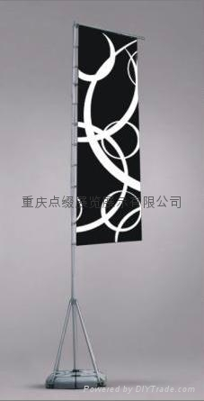 重慶天地柱服裝展架 3