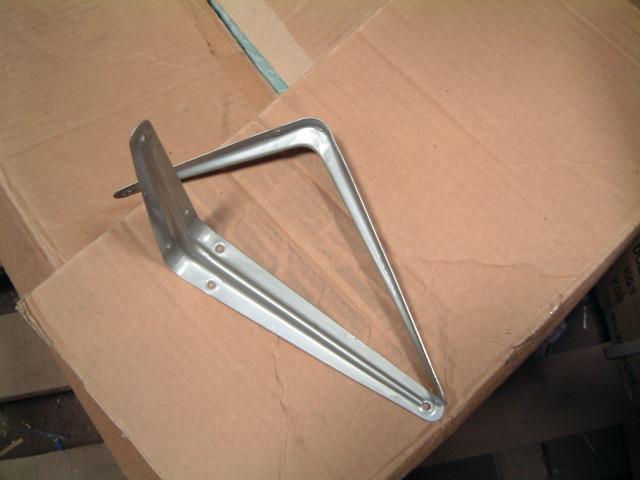 shelf brackets 1