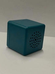 正方形蓝牙音箱