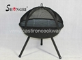 BBQ grill with rotating net cover