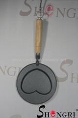 heart shape pan