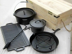Outdoor Cast Iron Cookware set with wooden box