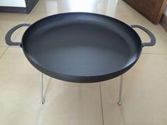 Iron fry pan