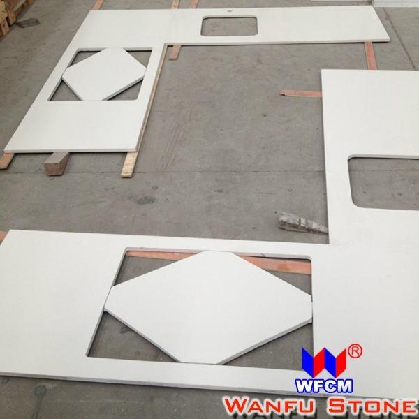 White Quartz Kitchen Countertop 2