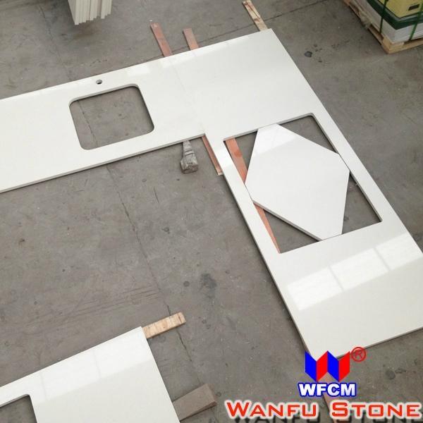 White Quartz Kitchen Countertop 3
