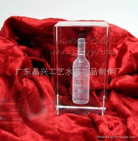 广东水晶内雕,红酒瓶内雕,元旦|圣诞节水晶礼品