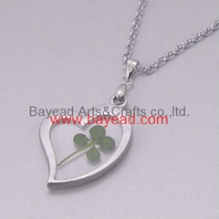 4 leaf Lucky Clover Necklace Shamrock jewelry Valentines Gift