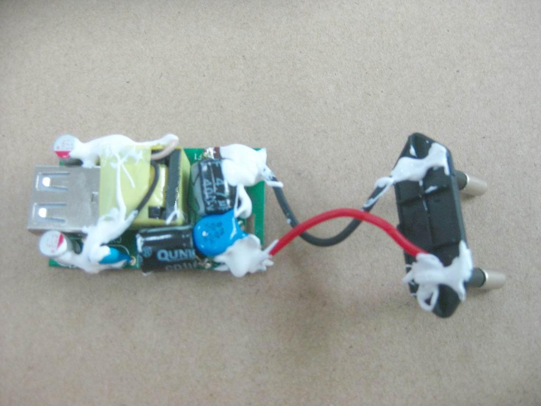 欧洲认证CE适配器1a、欧规适配器USB接口、欧洲插头充电器 9