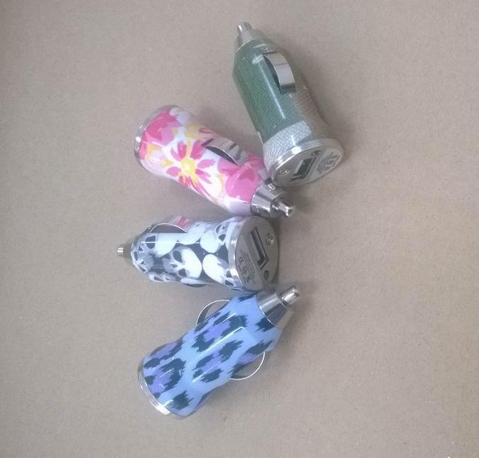 Mini USB car car charger 5v1a seven color choice usb car charge bullet 9