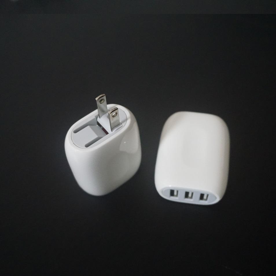 3USB旅行充 5v3a旅行充电器 折叠插脚UL认证 6