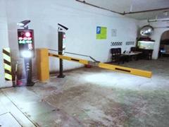 自動識別車牌道閘昇降欄杆系統