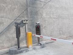門崗自動欄杆閘門銷售車牌識別系統