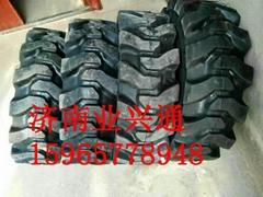 湖北山猫凯斯混合刷子10-16.512-16.5实心轮胎
