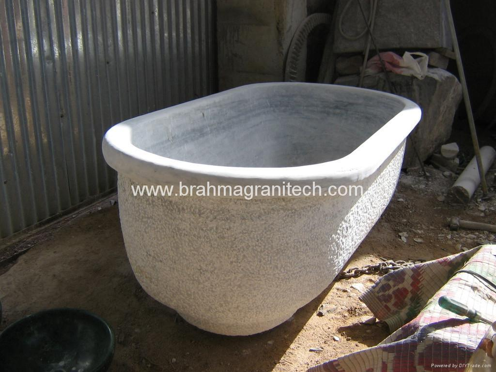 Green marble bathtubs indian marble stone bathtub green for Limestone bathtub