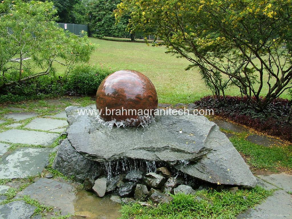 Natural garden stone sphere water features br natural for Sphere garden design